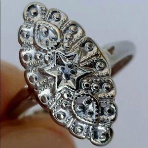 Vintage solid 10k white gold diamond ring, 4.5.